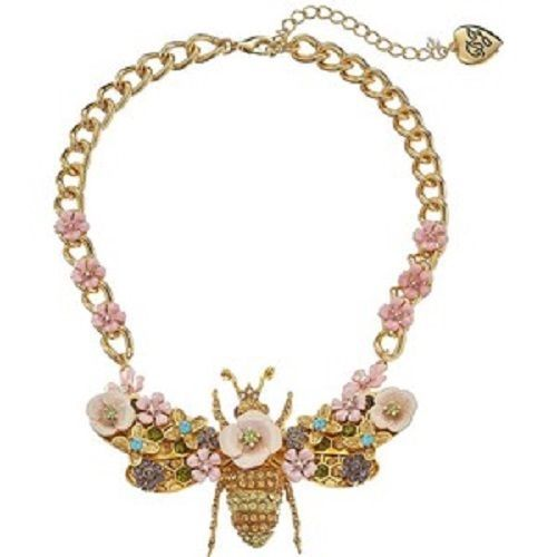 Betsey-Johnson-Queen-Bee-Big-Bee-Frontal-Necklace