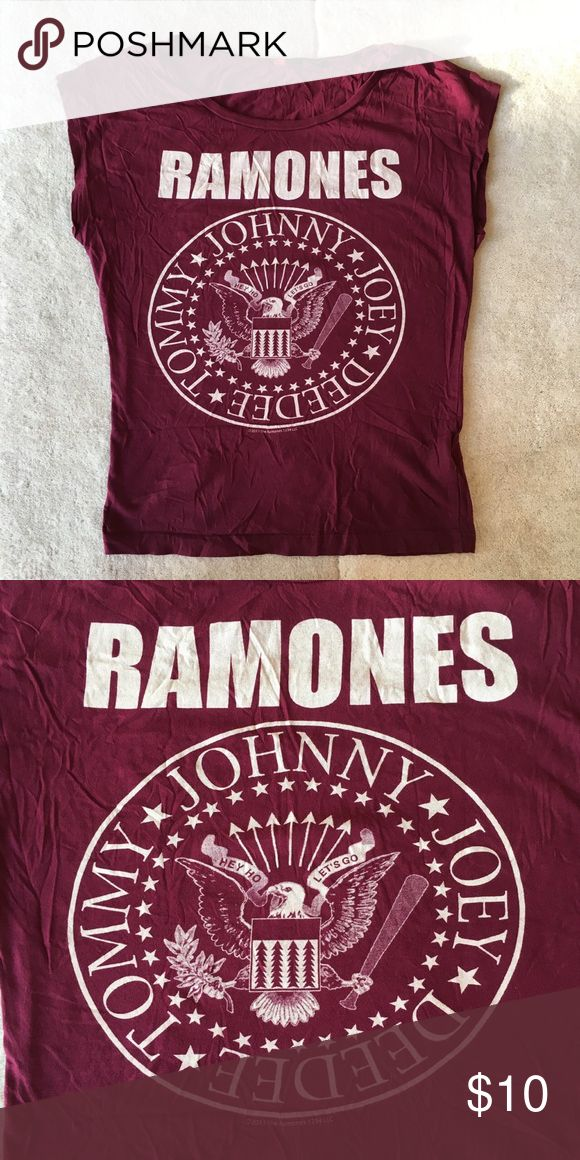 """H&M Ramones shirt H&M Ramones band shirt. 🌿very comfy loose style 🌿wore a couple of times but in good condition 🌿size label is missing, measurement: chest 16"""" length 21.5""""🌿 I think it is size XS-s H&M Tops Tees - Short Sleeve"""