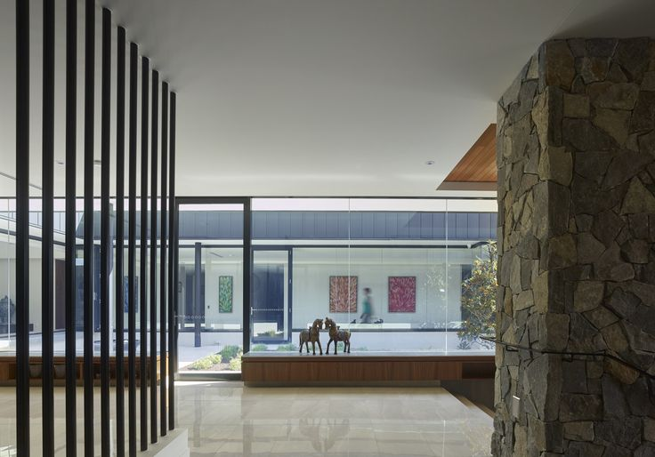 C2 House | Photography by Scott Burrows | Designed by Ellivo Architects | www.ellivo.com