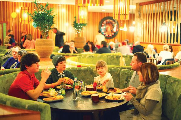 Firehouse Grill The best food grilled to order! Eat at the Firehouse Grill in Butlins Minehead for a selection of delicious chicken and vegetarian options #Butlins #EatTogether