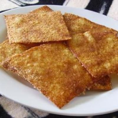 Cinnamon Sugar Crisps: Wonton Wrappers, Cooking Cinnamon, Cinnamon Sugar, Recipe, Sugar Crisps, Cinnamon Crisps, Wontons Wrappers, Date Idea, Fruit Salsa