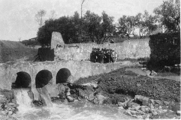 Ribeira de Alcantara junto da travessa da Rabicha em Sete Rios