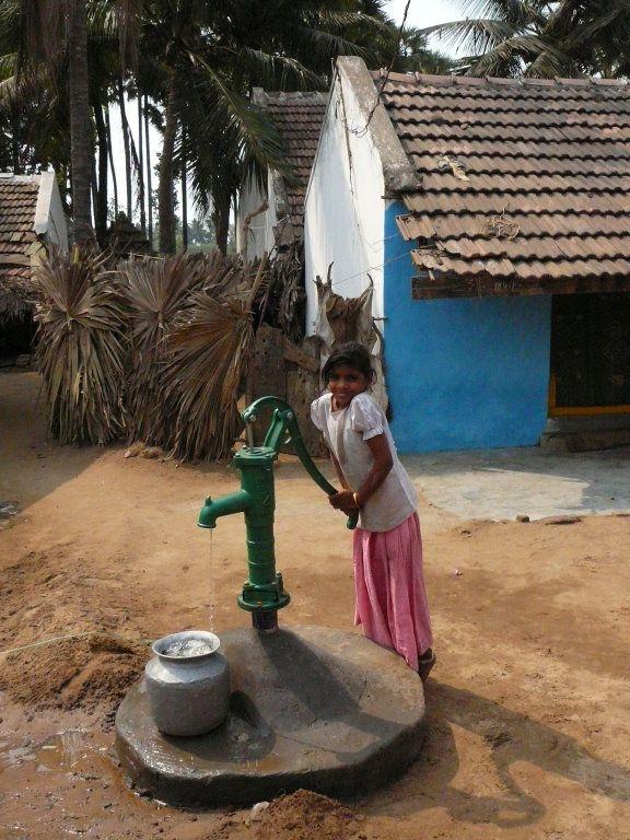 water pump slum - Google Search | s l u m | Pinterest ...