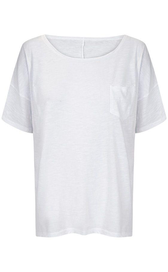 tipos de camisetas y como llevarlas: blanco