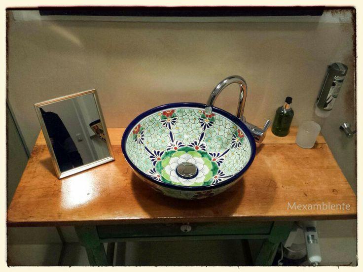 Exklusives Design Waschbecken Aus Mexiko Von Mexambiente, Wunderschön  Handbemalt Für Das Hotel Schloss Blumenthal Bei