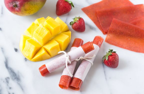 Strawberry Mango Fruit Leather. Easy homemade fruit leather recipe