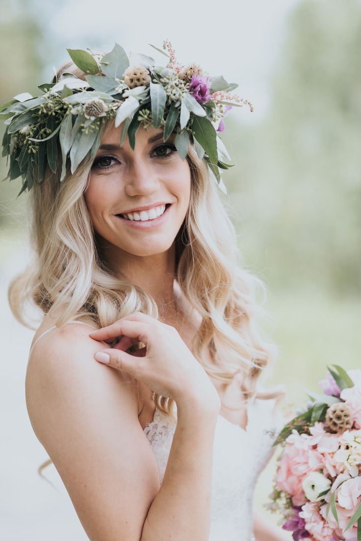 18 best flower crowns and hair flowers images on pinterest woodland floral crown izmirmasajfo