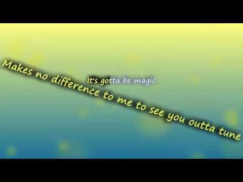 Austin Mahone - Shake It For Me ft  2 Chainz ( lyrics ) | vevo song