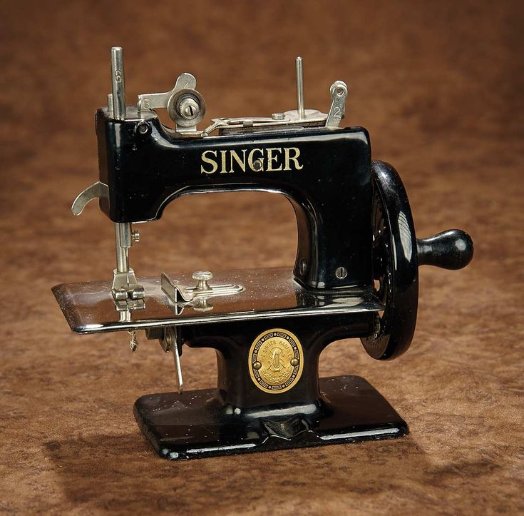 """""""Fascination"""" - Sunday, January 8, 2017: 400 Child's Metal Toy Sewing Machine by Singer"""
