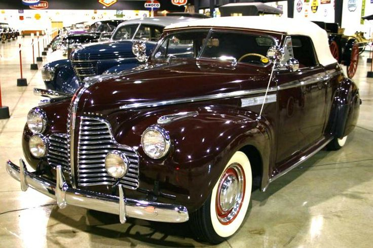 ** 1940 Buick Super Convertible Coupe