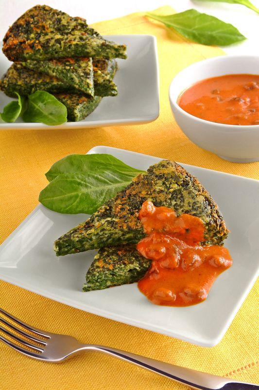 Tortino di bietoline e parmigiano con peperoni e uvetta