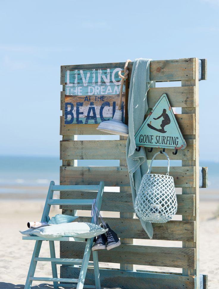 Let's go to the beach! Creeër een sfeervolle hoek met dit prachtige windlicht van ons eigen merk Wants&Needs!