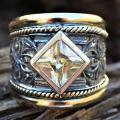 Sophisticated, elegant 9ct and sterling filigree ring by Susan Roos