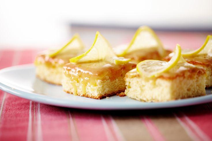 Cuadraditos húmedos de limón