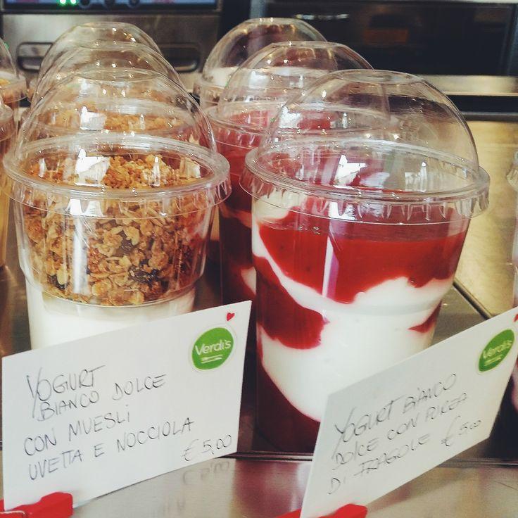 Spezza la fame con uno dei nostri golosi yogurt di soia con frutta di stagione! Rinfrescanti, sani e gustosi... cosa desiderare di più in questa calda giornata dal sapore estivo?! #foody #expo2015 #milan #glutenfree #vegan #yogurt #food #soy #fruit #spring #summer #sunday #love #good #merenda