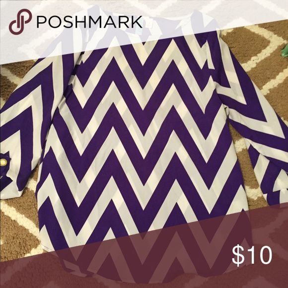 francesca's chevron blouse purple and white, basically new chevron top Francesca's Collections Tops Blouses