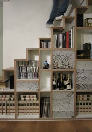 Stairs/shelves
