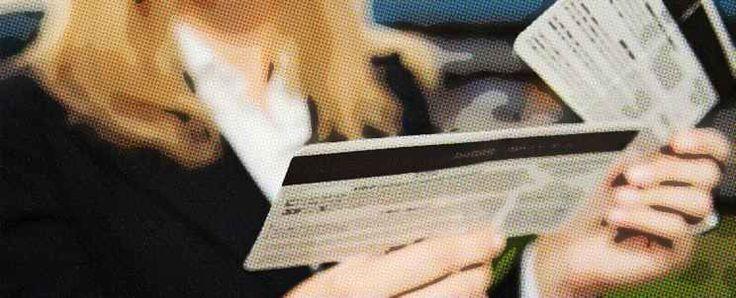 ¿Dónde y cómo conseguir ofertas de vuelos baratos?  http://www.infotopo.com/viajes-y-turismo/traslados/como-conseguir-ofertas-de-vuelos-baratos/