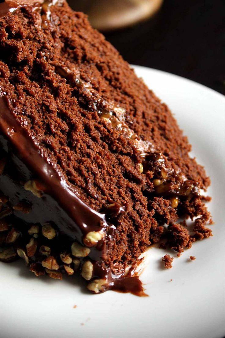 Chocolate Turtle Cake   Chocolate Caramel Cake   Turtle Pecans   Chocolate Buttercream   Ganache   Fancy   Easy   Dessert