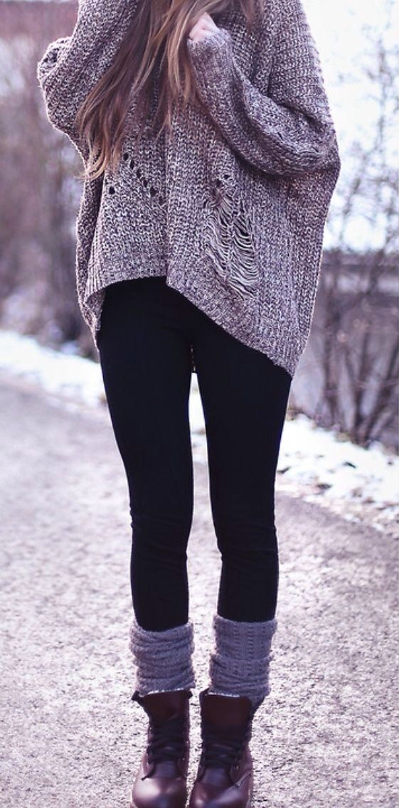 Oversized sweater and boots! Winter outfit