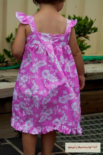 What's Mummy Up To ...: Tutorial: Summer Frills Dress