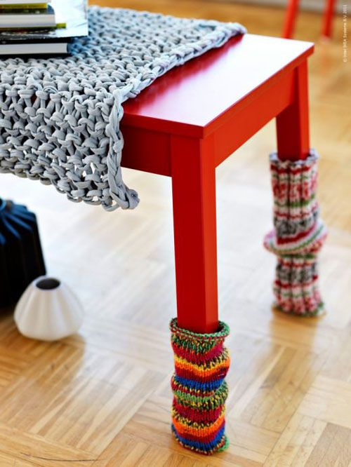 Table socks... amazing idea...  Yup... now I know what I'll do with my lightly used bright wools socks.