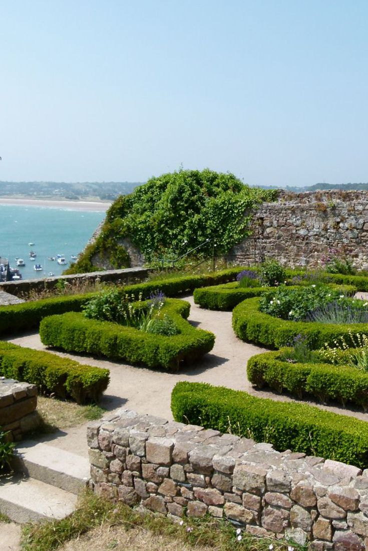 Charming garden maze in Jersey, Channel Islands # ...