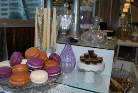The 'Belinda' Buffet Macaroons are an optional addition but how could you resist, they are so delicious.