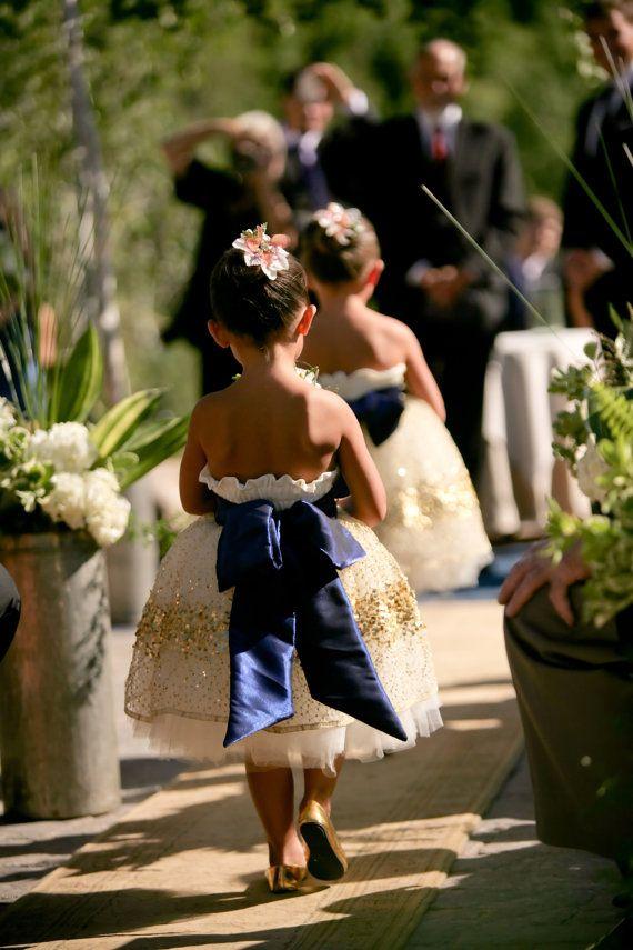 Het sterrenbeeld bloemenmeisje jurk van DolorisPetunia op Etsy