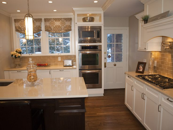Double Oven Cabinets With Microwave Wall Ovens Located Above
