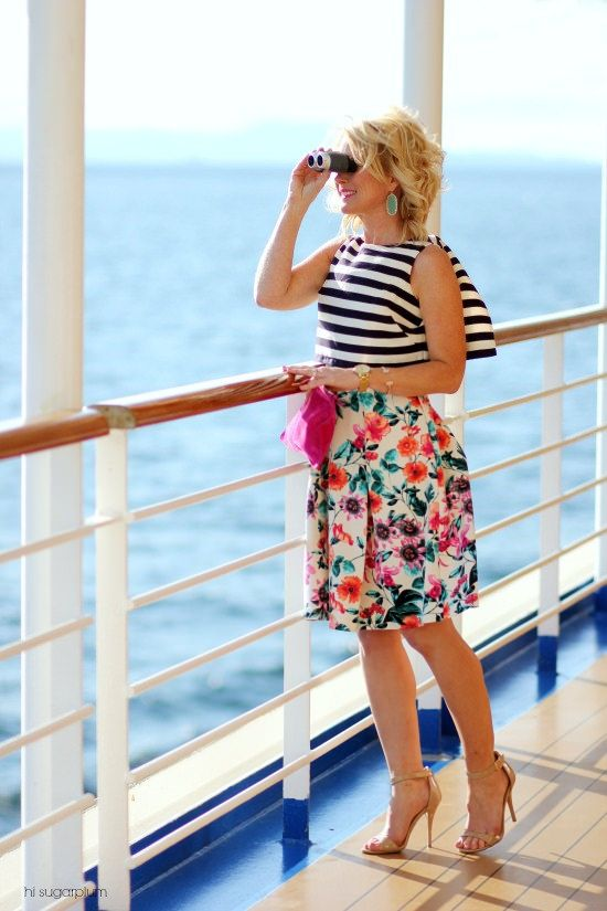 Hi Sugarplum   Cruise Style...what to wear on the 'formal nights'