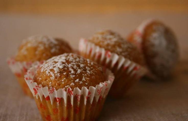 Mini quequitos de zanahoria, nuez Buscanos en facebook! SweetKiki postres