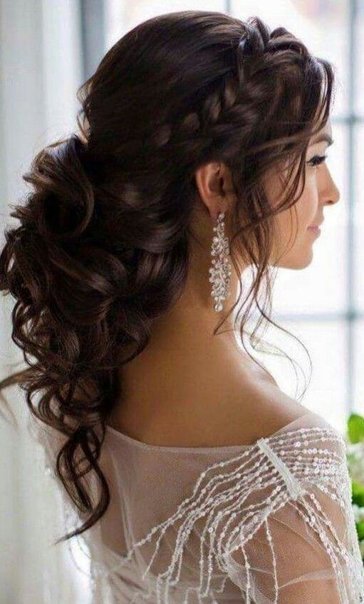 love this hairstyle