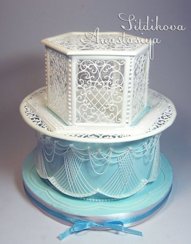 Royal Icing sculpture box birdcage stringwork great idea for 2nd tier, wedding, birthday, christening or Mother's Day