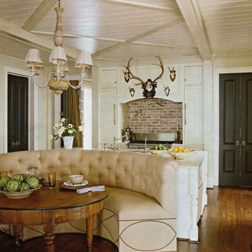 kitchen antlers: Dining Rooms, Bench Seats, Black Doors, Breakfast Nooks, Ceilings Details, Dark Doors, Antlers, Brick, Southern Accent