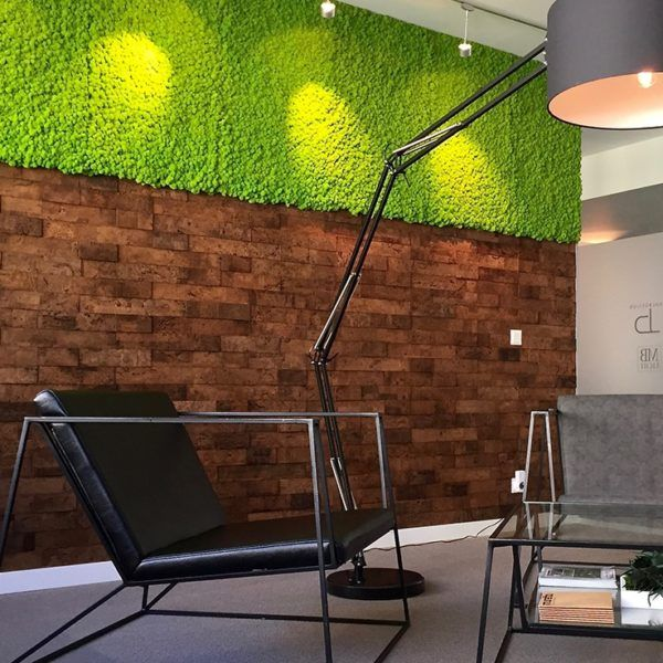 En kork vegg forbedrer akustikk. Kork Bricks har en fin tekstur og ser ut som murstein. Den er enkel å montere selv. Kork Bricks kommer i flere farger.