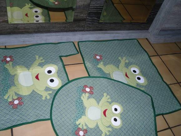jogo de banheiro 3 peças em patchwork R$ 95,00: Peças Ems, Para Pessoas, Ems Patchwork, Peça Ems, Create New, Jogos Patches, Banheiro Ems, Genias Para, Games Of