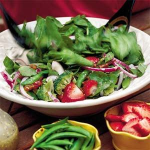 Spinach-and-Strawberry Salad |