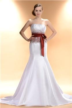 エレガントな色ストラップレスマーメイドライン/トランペットサッシュ/リボンチャペルトレーン床長さウェディングドレス