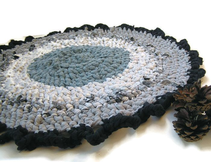 Crocheted chair pad Small round crochet upcycled rag rug, Play mat, Small rag rug, Blue grey small round crochet cat cat mat, Chair seat pad, Cats bed beds, Handmade rug, Chair cushion, Gray upcycled mat by SewingTune
