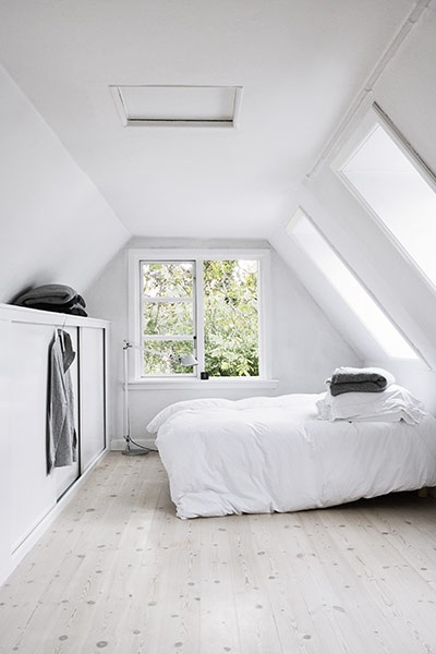 white room ..lovely