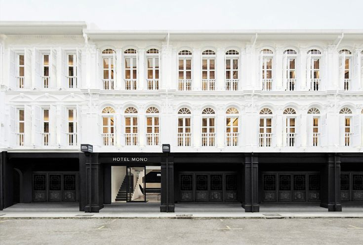 Nestled in the heart of Singapore's Chinatown, the monochrome themed Hotel Mono is an ideal urban retreat: The perfect springboard from which to experience this vivid neighbourhood, a cool fusion of old and new.