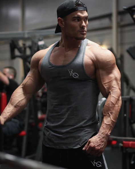 """b602dffdfecb0 4x Mr. Olympia Physique Champ on Instagram  """" vqfit essential tanks back in  stock!!! - These fly! So make sure you get yours today before they are sold  out!"""