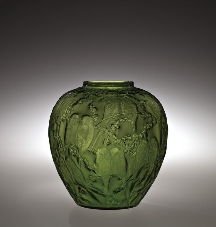 Perruches, René Lalique, Lalique et Cie, Combs-la-Ville, France, designed in 1919. Gift of Elaine and Stanford Steppa. 2011.3.226. #corningmuseumofglass #cmog #glass #lalique #vase