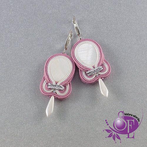 Soutache earrings - powder pink- white -nacre by SzkatulkaEmi on Etsy