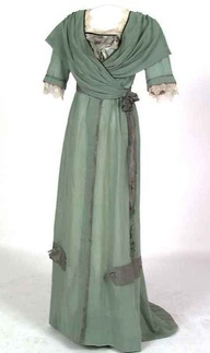 Edwardian dress-  (Edwardian Era (1901-1910).  jj