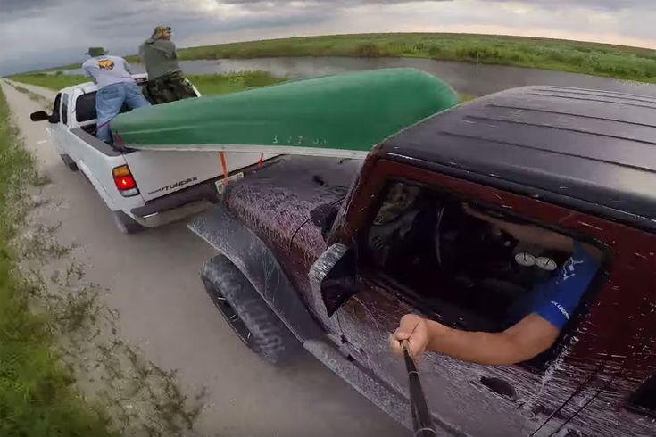 Friday #FAIL: #Jeep Selfie Crash  #cars #suv #funny #accident #crash #lol #fridayfail  More Friday FAIL >> http://www.motoringexposure.com/trending/