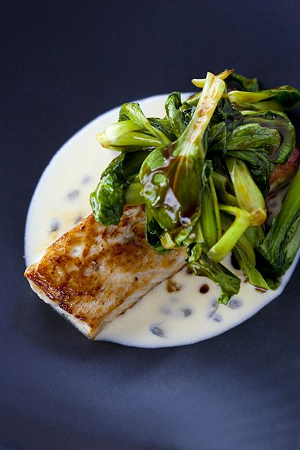 Pan-fried marlin with passion fruit-beurre blanc