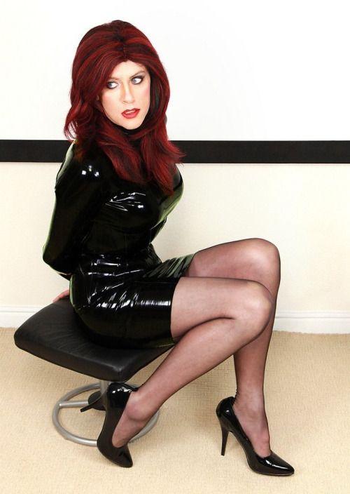 Hot redhead solo girl