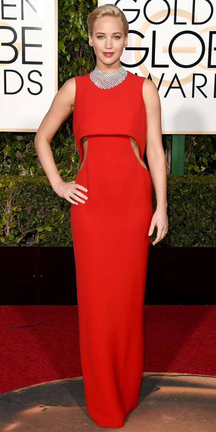 2016 Golden Globes Red Carpet Arrivals - Jennifer Lawrence in a Christian Dior gown with #Chopard jewels